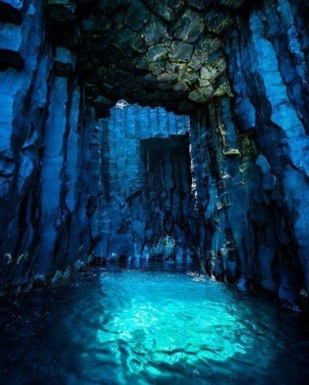 Fingal-Cave-Scotland