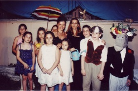Εκδήλωση για το βιβλίο «Οι άγγελοι των κοχυλιών», 2003.